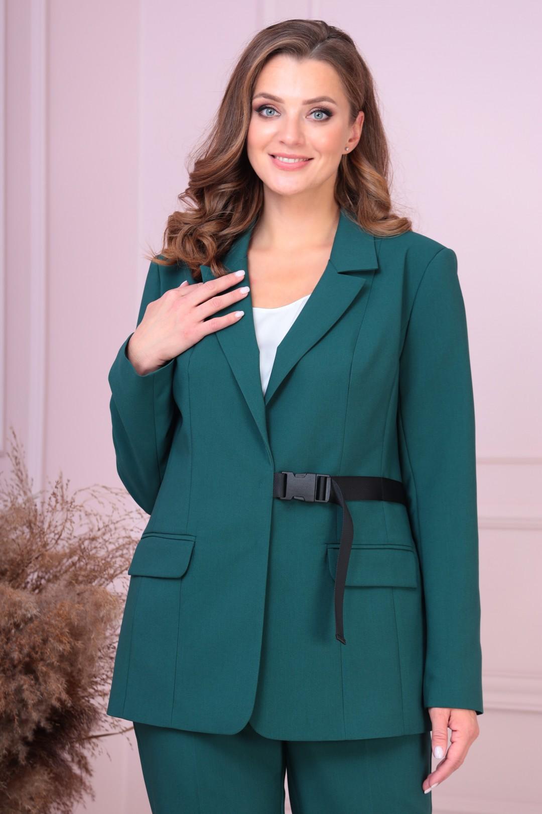 Костюм AnastasiaMAK 922 зеленый