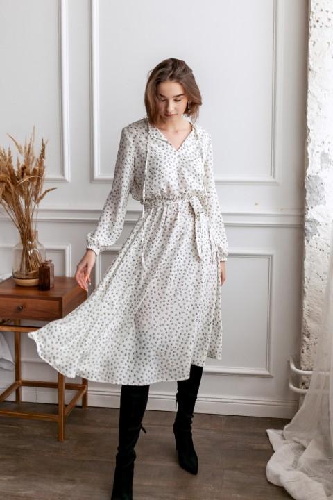 Платье KRASA 275-21 белое в сердечки